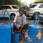 Empat Pedagang yang Mulai Jarang dijumpai di Jakarta